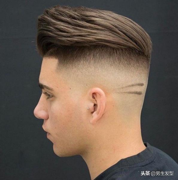 """18年男生发型改造攻略,不要只会""""稍微剪短""""!"""