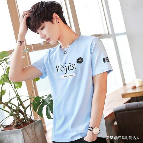 潮男时尚短袖T恤,多彩人生穿出魅力风格