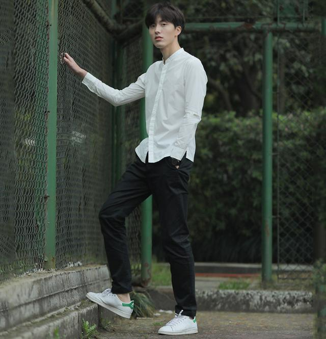 会穿白衬衣的男生,魅力一般不会太低
