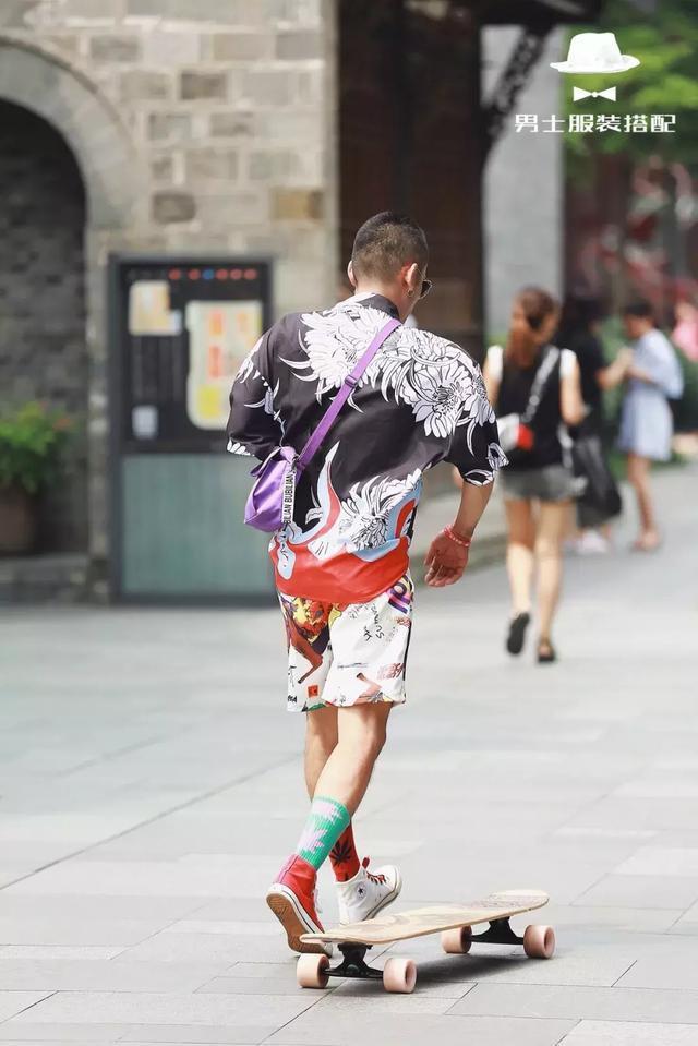 """""""养眼""""的街拍着装,到底应该怎么穿?"""