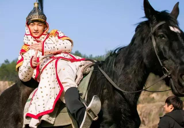 从寸头的刘启,到温文尔雅的五阿哥,在到满是心机的影子长安