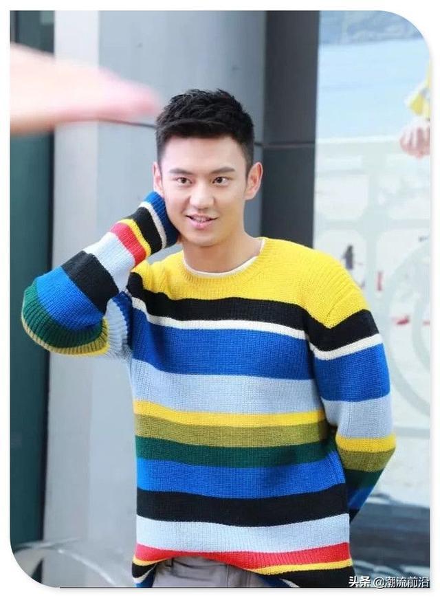 宁泽涛的时尚我不懂!大夏天穿毛衣配短裤,你到底是冷还是热啊?