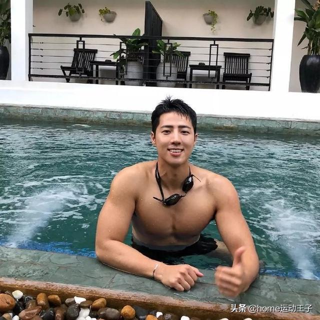 帅气韩国肌肉欧巴,颜值高身材棒,无法抗拒的荷尔蒙魅力
