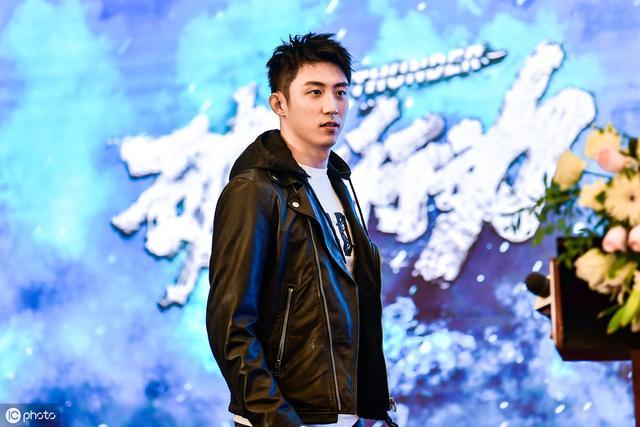 黄景瑜:从被封杀到逆袭成功,他的好运是怎么来的?