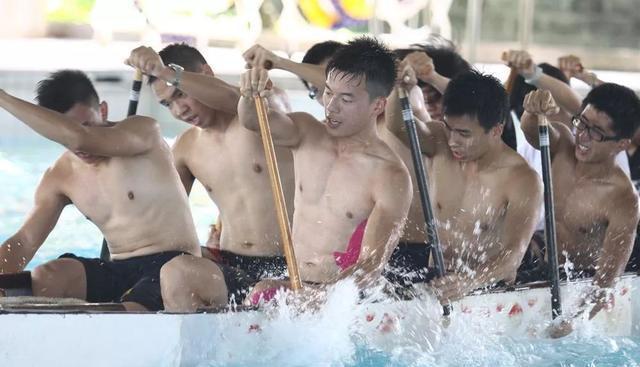 龙舟体育生的身材到底有多好?满屏都是男性荷尔蒙的味道
