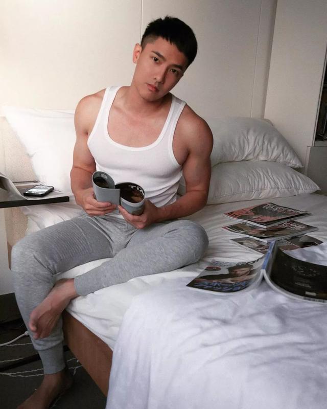 被爆是青峰的前男友?男模刘雨凯这身材也太可以了吧
