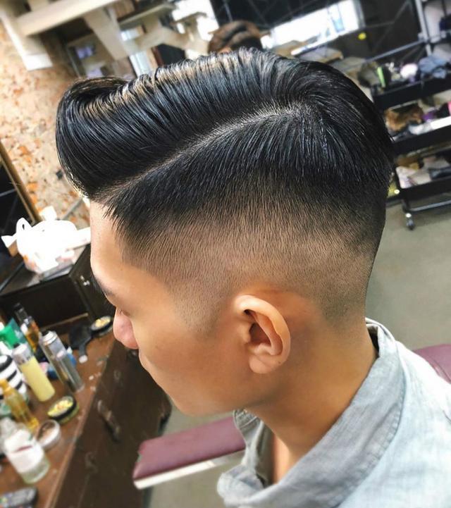 """男士剪""""油头发型""""真的很帅气,并不油腻"""