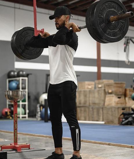 小伙每天做300个俯卧撑,一个月后身材变成这样?
