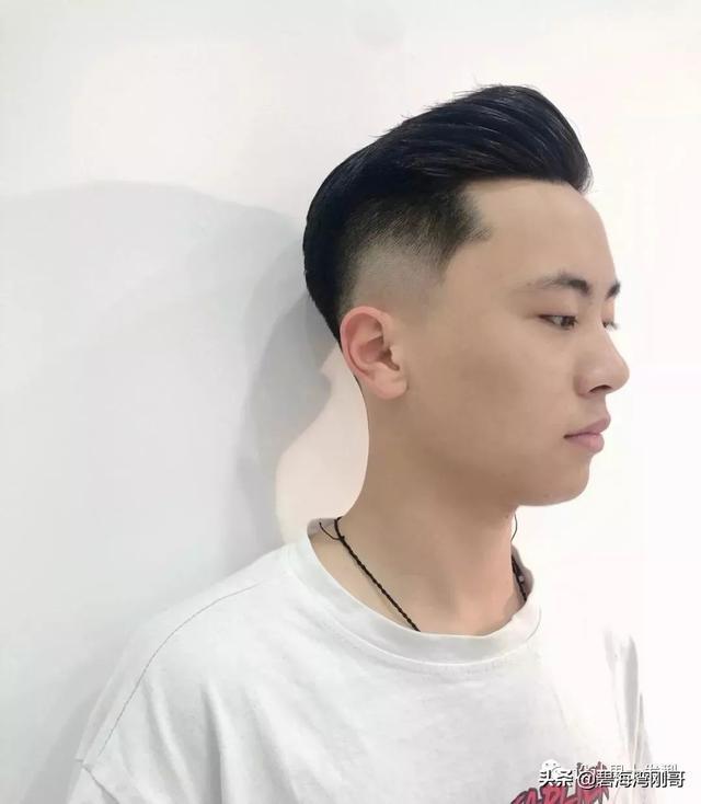 这10款发型,越看越帅!