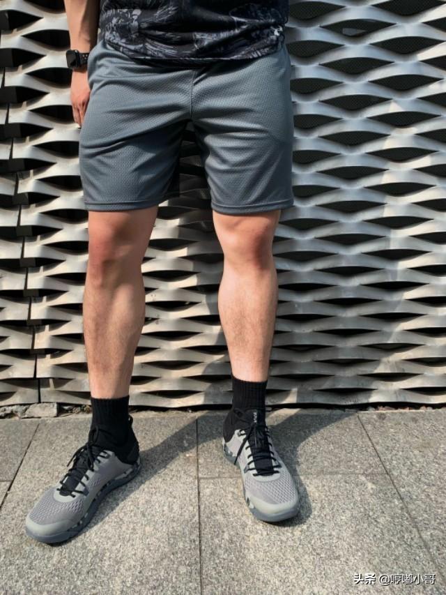 身高177,体重80公斤的小哥哥,夏天穿搭可以这样,凉爽又帅气!