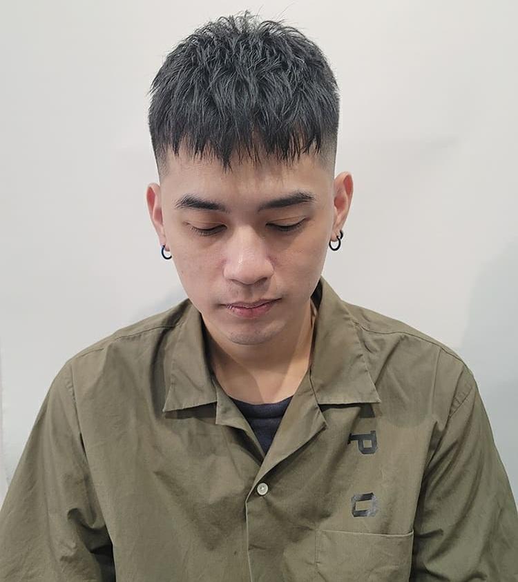 """男生别只会留""""寸头"""",国庆假剪这4款发型,你就是街上最靓的仔"""